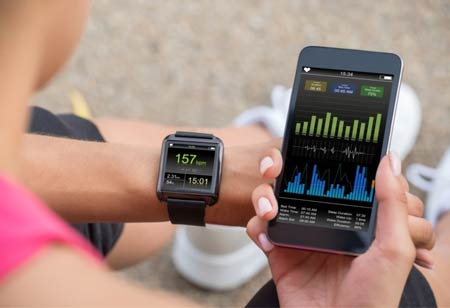 How Wearables can Help the Healthcare Industry Fight Covid-19?